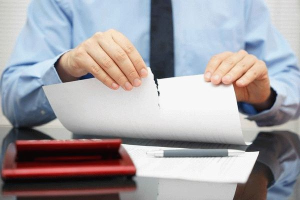 Образец соглашения о расторжении договора найма жилого помещения: основания и условия для прекращения аренды квартиры, за какой срок отправляется уведомление?