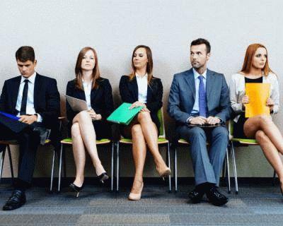 Как одеться на собеседование женщине и мужчине, в том числе зимой, при приеме на работу: в чём приходить, чтобы запомниться и понравиться работодателю?