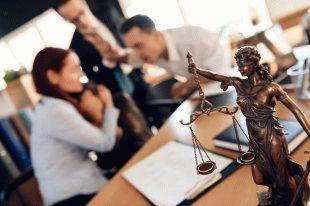 Кому грозит уголовная ответственность за лайки и репосты?